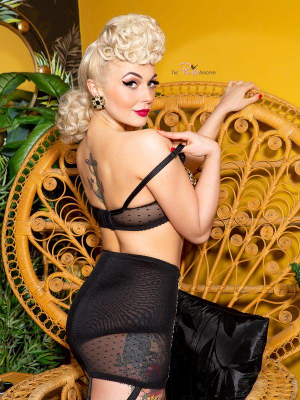 Baby Daisy Pinup Model & Burlesque Artist